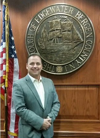 Mayor Michael McPartland
